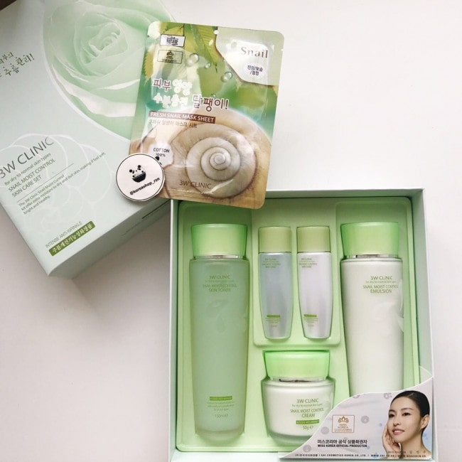 Snail Moist Control Skin Set [3W CLINIC]